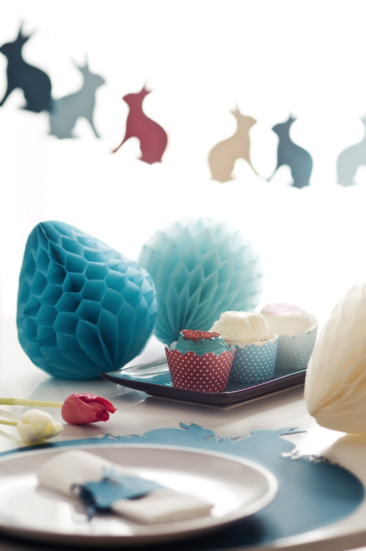 "Bunny garland, honeycomb paper eggs, lasercut placemat, cupcake wrap, ""turqouise retro""  www.karcsipapir.hu"