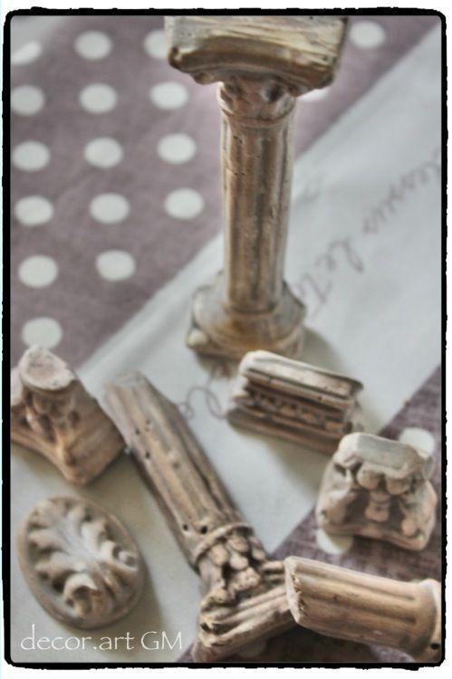 COLONNE GRECHE…. in miniatura, realizzate con degli stampi in gesso e poi patinate con effetto pietra