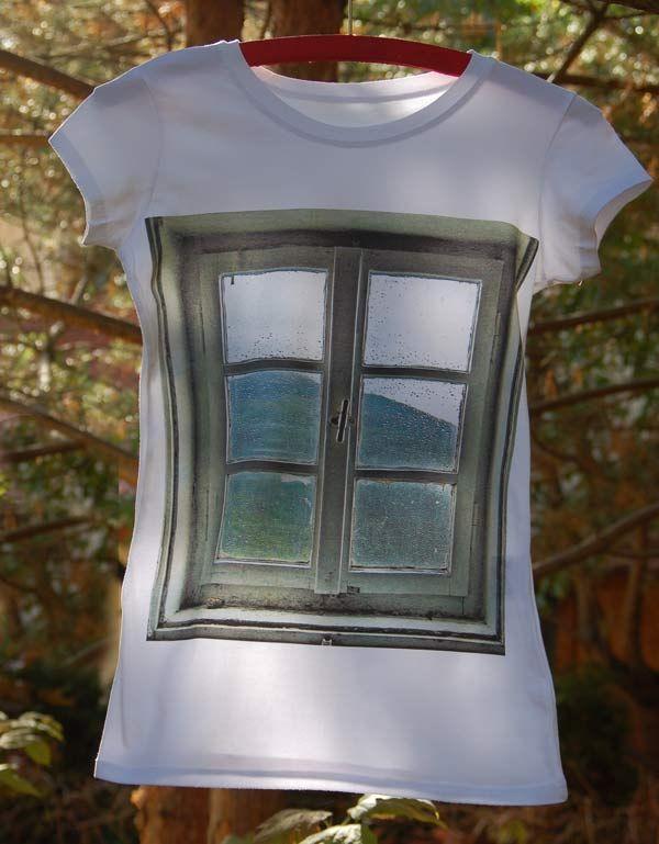 t-shirt by Mole