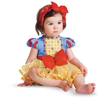 Snow White costume...My Princess would look absolutely ADORABLE!!!