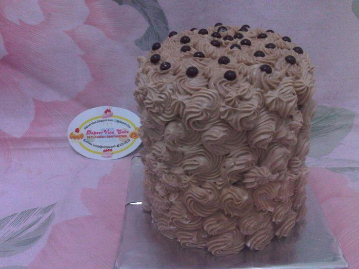 Ombre Cake Coklat http://dapoervina.blogspot.com