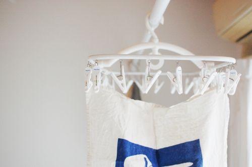 【スタッフの愛用品】フレディ・レック洗濯ハンガー32ピンチ – 北欧雑貨と北欧食器の通販サイト   北欧、暮らしの道具店