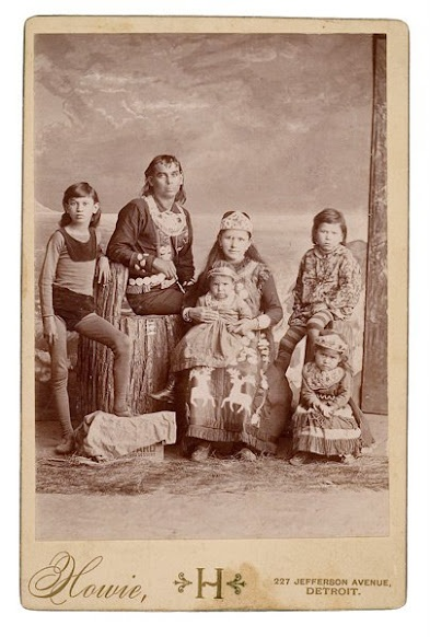 Iroquois family - no date | Native american indians ...