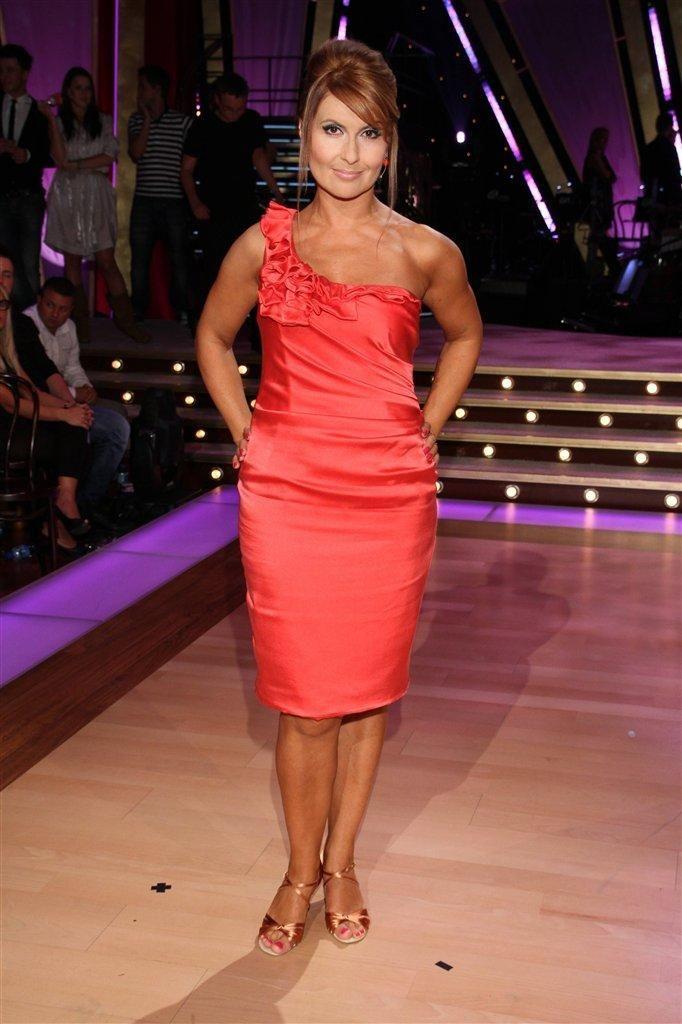 Stopy Katarzyny Skrzyneckiej Wikifeet Formal Dresses One Shoulder Formal Dress Fashion