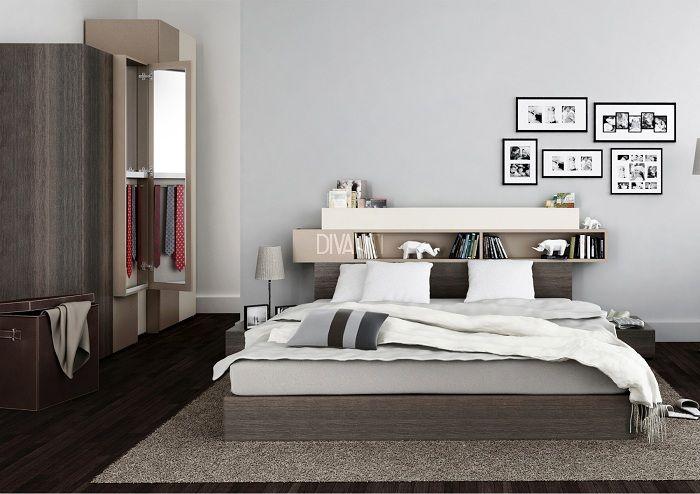 Отличное решение для оформления пространства у изголовья кровати при помощи полочки, что станет находкой.