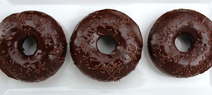 Chocolate Kahlua Doughnuts - baked chocolate cake doughnuts with bittersweet chocolate kahlua glaze.