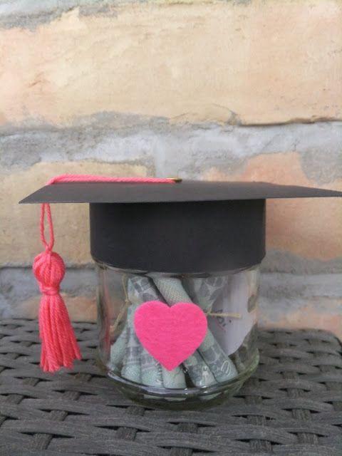 Prinzessinholala-DIY-Nähen-Upcycling: Abiturgeschenk mit einem kleinen DIY                                                                                                                                                                                 Mehr