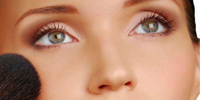 Возраст минус: anti-age макияж как летний тренд