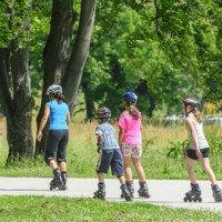 Inline-Skaten mit Kindern @fotolia