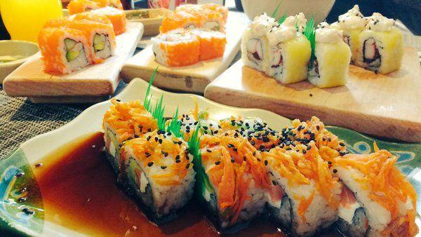 Todo un festín de makis. Si estas en #Pachuca_ no dejes de visitar Yokusushi, el 1er restaurante de comida japonesa