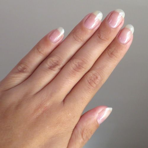 Try Painting Nails With Natural Gloss Nail Varnish Nails Beauty Hacks Beauty Secrets