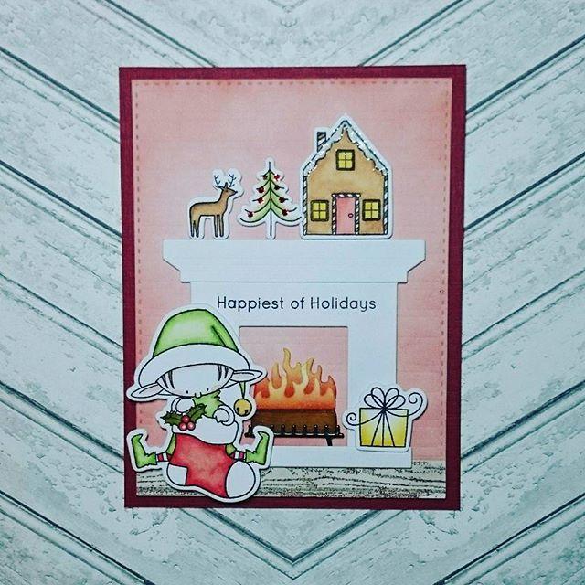 """Вот такая чудесная открыточка получилась с помощью новых инструментов.  Штампов и ножей """"Эльфы Санты"""" остался один набор.  Наборы штампов и ножей """"Зимняя сказочная страна"""" и замечательный камин появятся в магазине в выходные.  Следите за новинками!"""