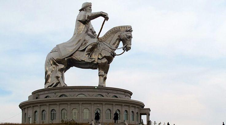 Dünyanın en büyük imparatorluğu hangisi? Roma veya Osmanlı diyenler yanıldı. Dünyanın en büyük 5 imparatorluğunu görünce şok olacaksınız.