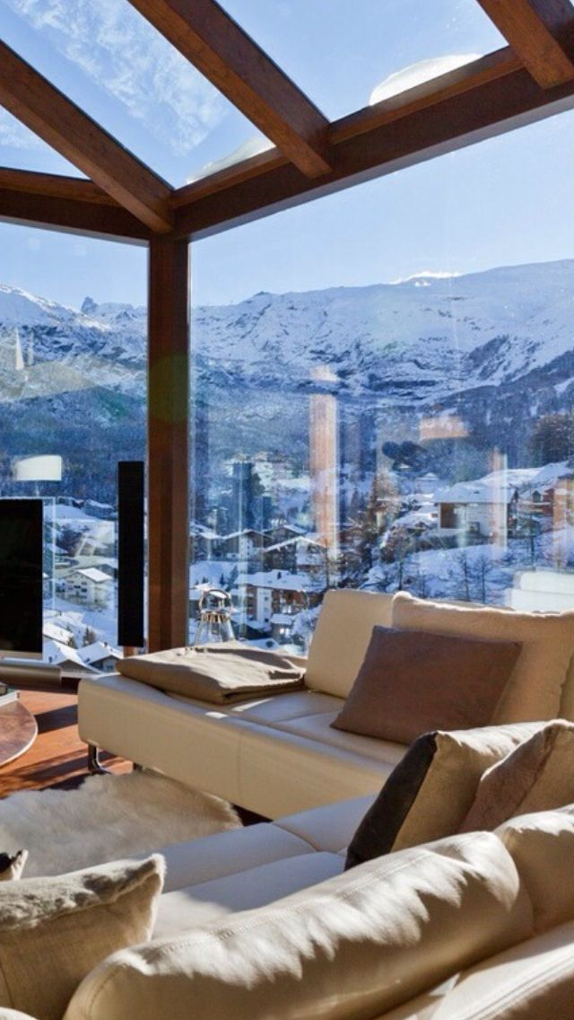 this is an amazing view, but i wouldn't want to live here, i would have this as my hotel room when i go to the snow with the besties!!!