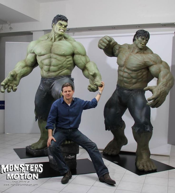 46 best images about Hulk Figures & Statues on Pinterest | Bruce ...