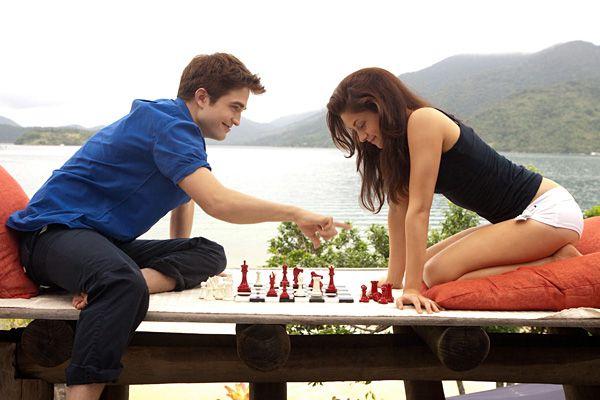 edward & bella - chess match