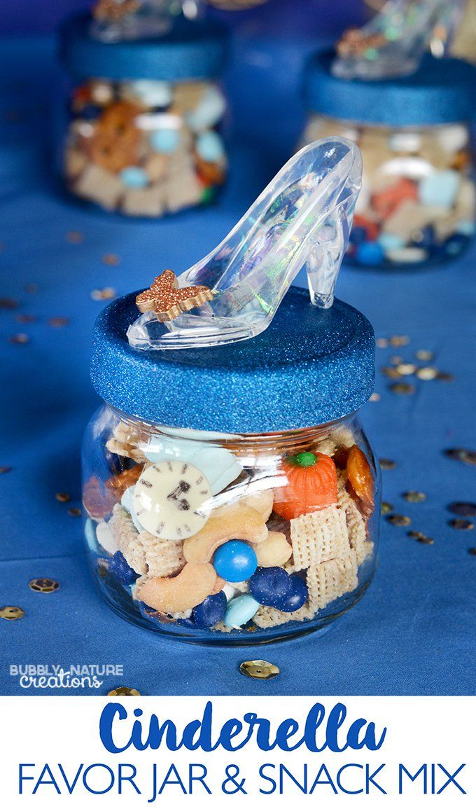 Wouldn't these Disney Cinderella Movie favor jars & snack mix be so cute for a Cinderella viewing party? This post has some other great Cinderella party ideas too!