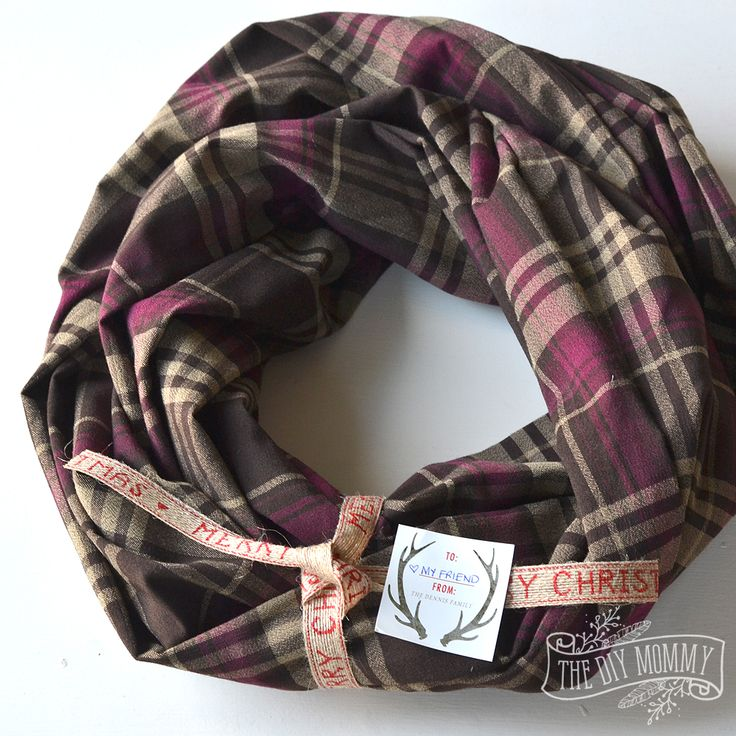Video: Make an Easy Infinity Scarf (+ 9 More Easy DIY Gift ...
