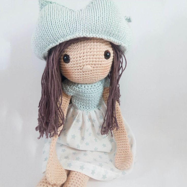 The Princesa Lena doll amigurumi