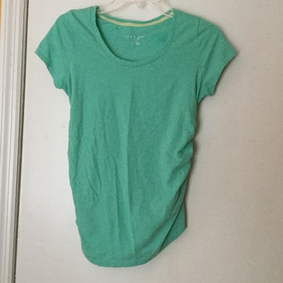 Maternity top 100% cotton. Maternity top. Ask questions. No trades Liz Lange Maternity  Tops Tees - Short Sleeve