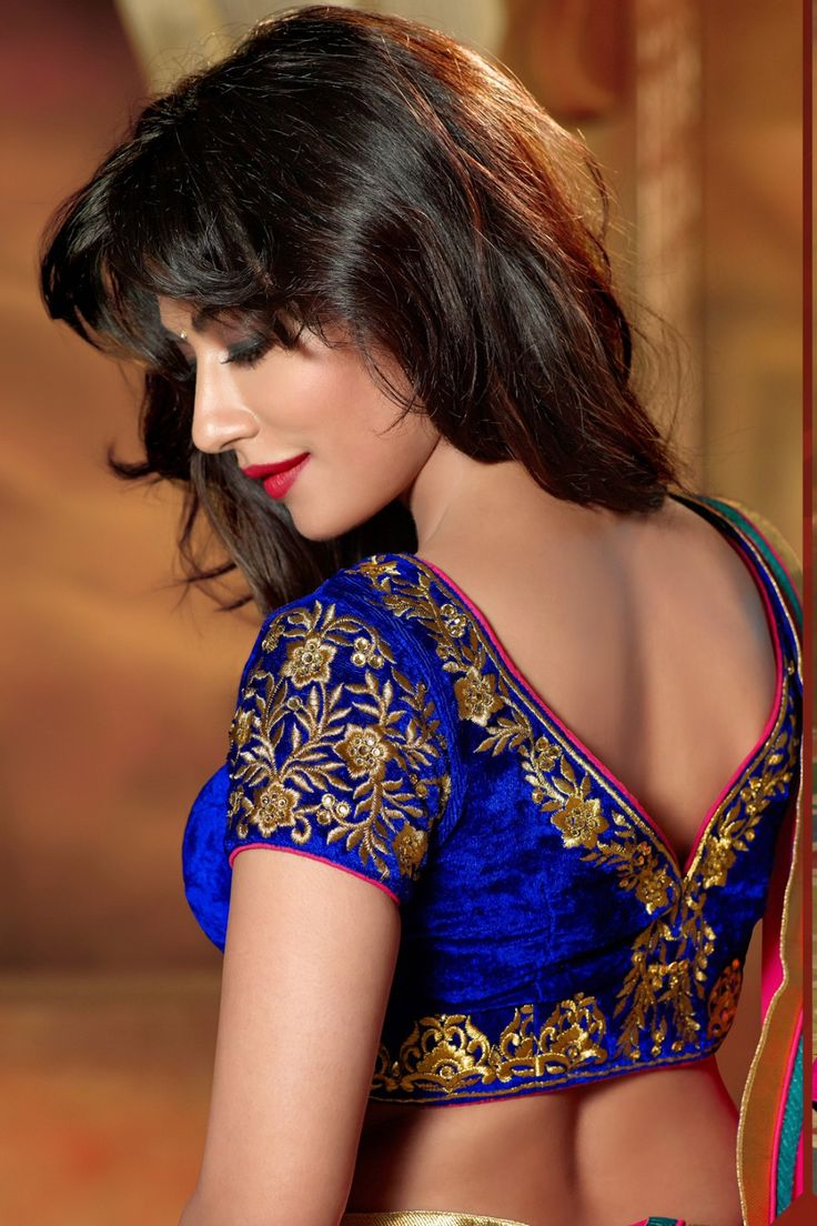 Chitrangada Singh -Grey Faux Georgette Lehenga Choli online shopping - Touch7906 - Zohraa.com
