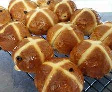 Recipe HOT CROSS BUNS by ThermomummaLailahRose - Recipe of category Breads & rolls