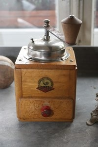 """Kaffeemühle - I found one of these at the """"flohmarkt"""" in Frankfurt. I love it."""