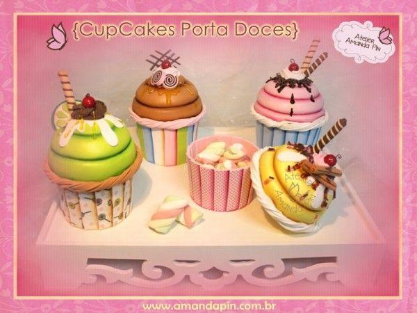 Festa cupcakes 4+ cupcakes porta doces + mesa de guloseimas