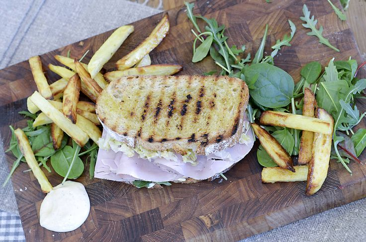 sandwich-og-pommes-frites