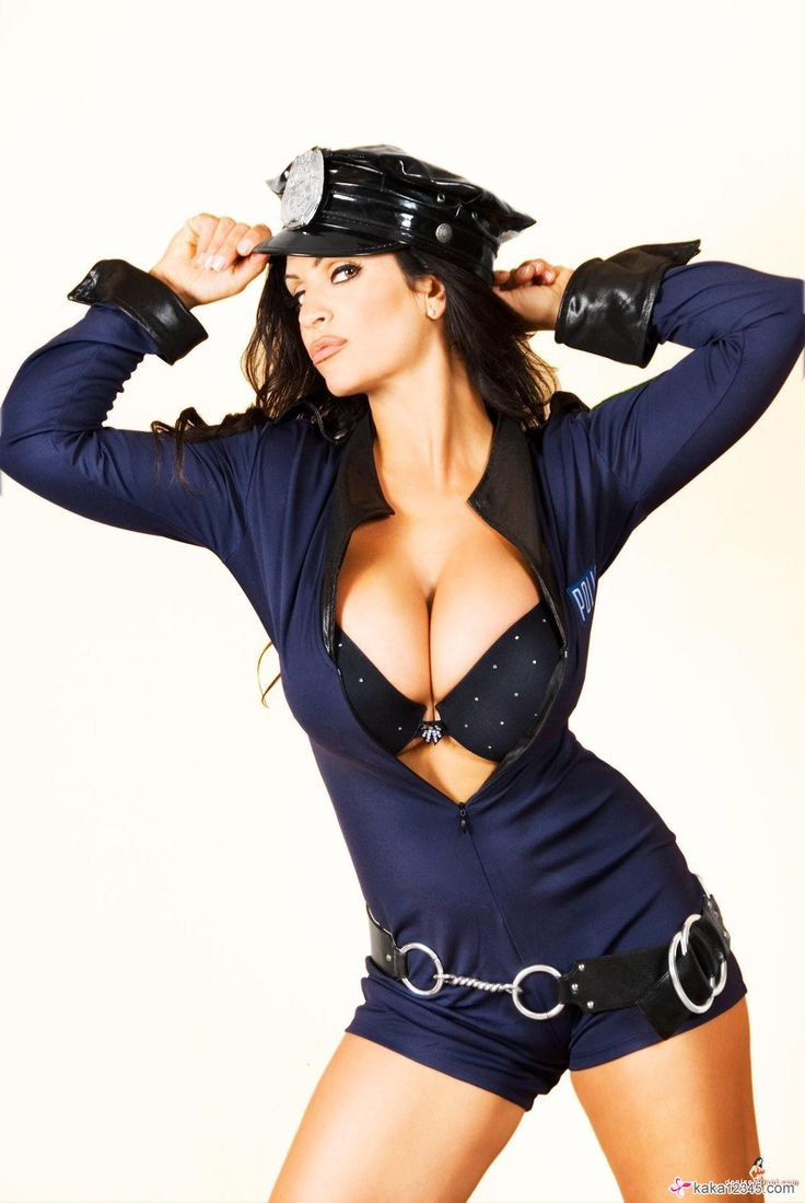 sophie dee police officer