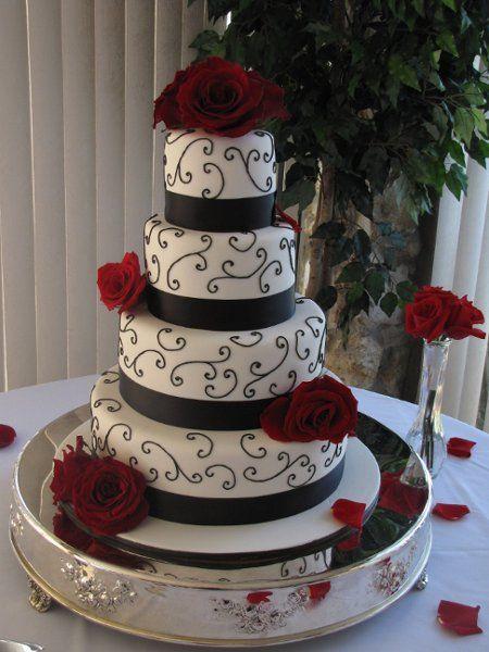 Elegant Vintage Black Red White Round Wedding Cakes Photos & Pictures - WeddingWire.com