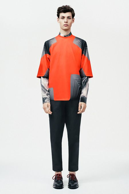 Christopher Kane | Spring 2015 Menswear Collection | Style.com   strong features of pattern.. no particular shape.