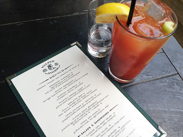 Check out my review of #brunch at Walter Foods in Williamsburg, Brooklyn // #brooklyn #bloodymary #brunch