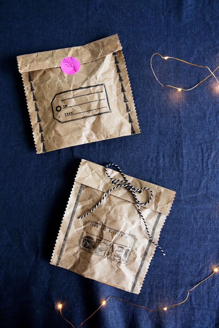 Sew your own Christmas paper gift bags.