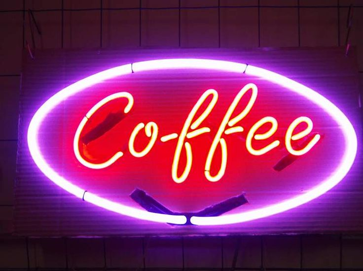 I'd totally put this in my kitchen! Always wanted a piece of neon.
