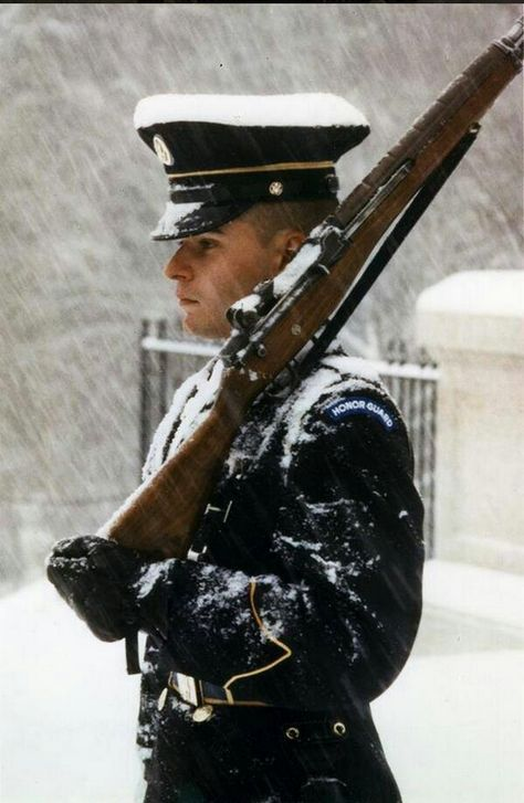 B_The viral photo is of Charles Gauldin while he was guarding the Tomb of The Unknown Soldier during an epic snow storm. Journalist Raymond Arroyo tweeted the legendary photo from the early 1980s and Americans everywhere have expressed their appreciation for his dedication in the midst of relentless snow via social media. -large