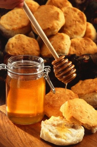 Some interesting ideas about the medical benefits of honey.. Honey, not just for peanut butter any more.