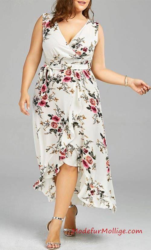 Kleid mit Blumenmuster – Mode inGroße Größen Styling Tipps für Mollige Frauen   Mode für Mollige Frauen – #GroßenGrößen #modefürmollige #damenmode #outfit #kleider