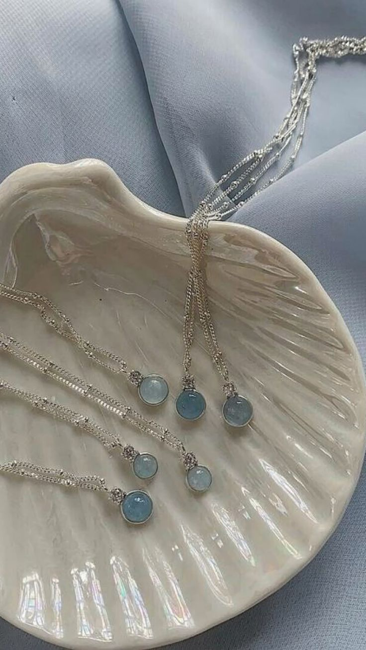 Cute Jewelry, Silver Jewelry, Everything Is Blue, Things To Buy, Stuff To Buy, Blue Bedroom, Blue Nails, Blue Flowers, Coach Bags