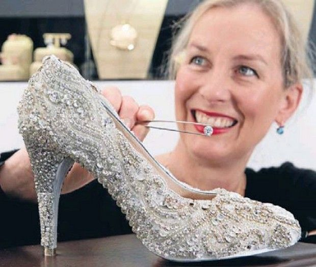 Most expensive diamond shoe