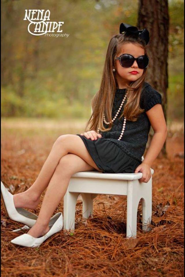 Model status. love this pic! | Little girl poses, Children ...