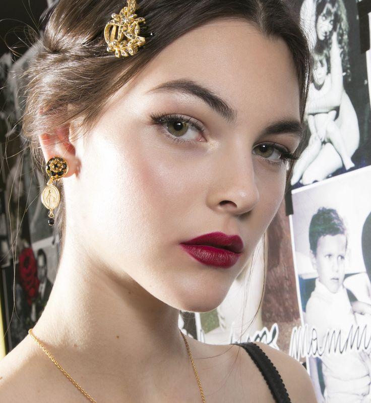 Fryzury na studniówkę 2016,Dolce & Gabbana, fot. Imaxtree