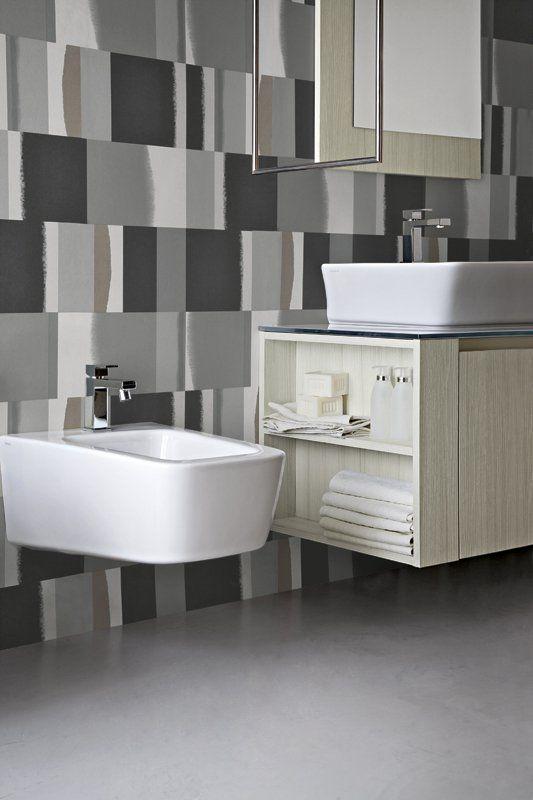 Pi di 25 fantastiche idee su bagni grigio chiaro su - Bagno di colore grigio capelli ...