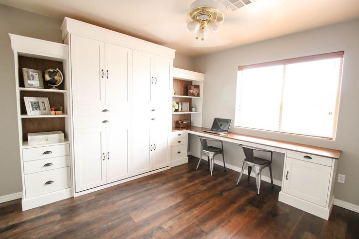 You don't have to give up your office or craft space! Build a gorgeous murphy bed with this helpful tutorial and FREE plans!