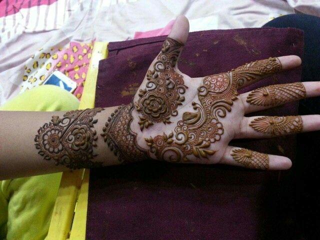 Finger Mehndi Art : Great floral pattern dubai mehndi art ideas fashi