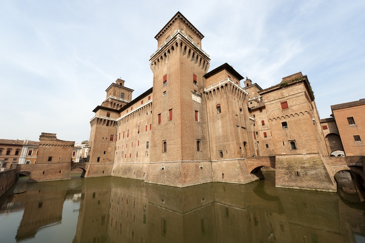 Estense Castle - Ferrara - Emilia Romagna  You have had 627 years to visit it, hurry up!! ;D ----  Castello Estense - Ferrara - Emilia Romagna  Avete avuto 627 anni per visitarlo, affrettatevi!! ;D