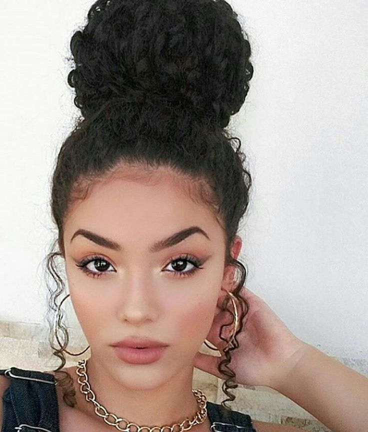 hair bun styles for curly hair best 25 curly bun ideas on curly bun 8434 | a9f4070b8d06ec9c5ede02749ff203de bun bun buns