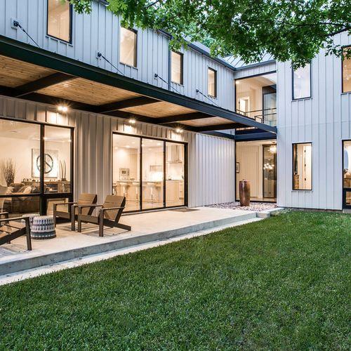 Modern Board And Batten Exterior Home Design Ideas, Remodels & Photos