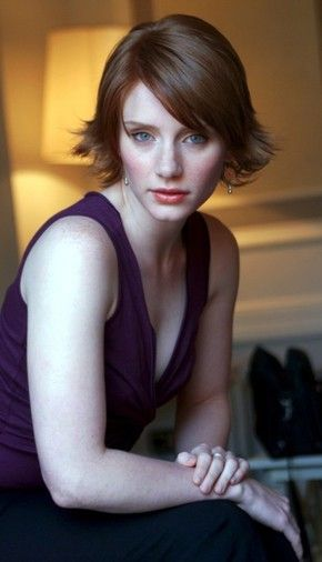 Jurassic Park 4′s Female lead to be Bryce Dallas Howard? & ID4 2 to cast Michael B Jordan?