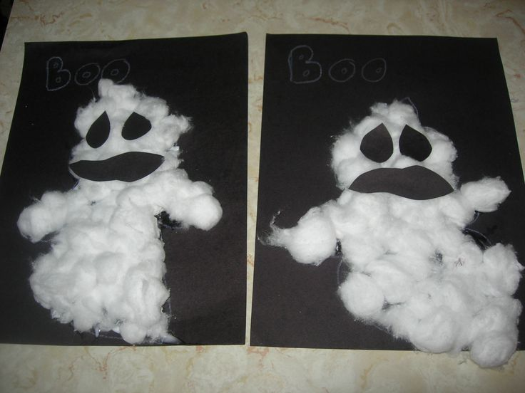 Halloween Crafts for Preschoolers | Classified: Mom: Halloween Art and Craft Ideas This is cute...too bad I can never help a child make this one.lol gross cotton balls!